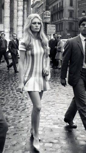 60's fashion blog travel.art.stories