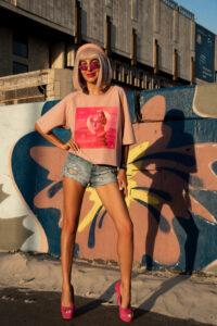 "Pink Crop Top T-shirt Art Print ""Pink is smART"""